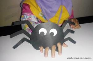 finger-puppet-spider