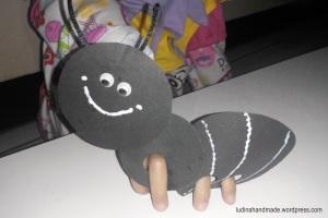 finger-puppet-ant