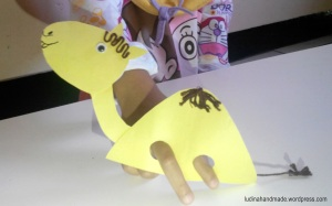 finger-puppet-camel